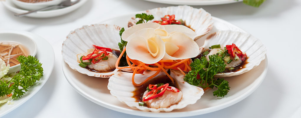 Exquisite dishes from China Peking, Malaysia and Thailand